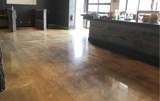 concrete polishing by polished floors